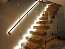 Led trakovi stopnišče